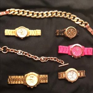 Lot Michael Kors watches and bracelets